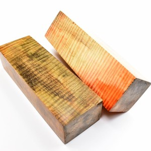 Blocs de Marronnier d'Inde ondé stabilisés teintés visible sur le site pour d'autre photos et tarif liens direct https://www.comptoirdesboisprecieux.com/108-bois-stabilise/s-1/essence-marronnier  #comptoirdesboisprecieux#bois#coutellerie#couteau#couteaux#metiersdart#bijouxcreateur#bijouenbois#bijouxfaitmain#bijouxmadeinfrance#coupechouxcustom#boisprecieux#boisprécieux#boisprecieuxcollection##bois#couteaux#manchecouteaubois#boisstabilisé#knives